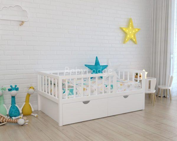 кроватка для ребёнка из массива бука с вертикальными бортиками купить в Москве