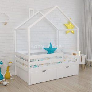 кроватка дом крыша поперек для ребёнка из массива бука с широкими горизонтальными бортиками купить в Москве