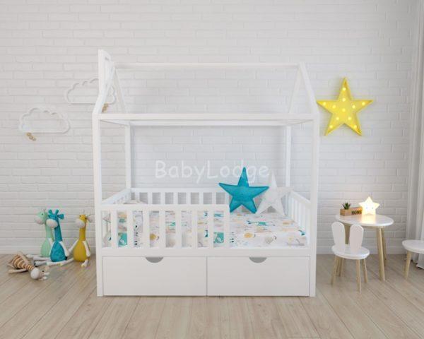 кроватка домиком для ребёнка из массива бука с квадратными вертикальными бортиками купить в Москве
