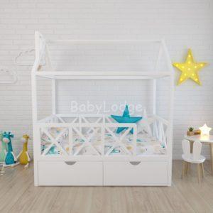 кроватка домиком для ребёнка из массива бука с бортиками крестиками купить в Москве